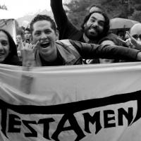 Fans de Testament esperando la presentación de la banda. Festival del Diablo 2015/Foto de Humberto Manrique.