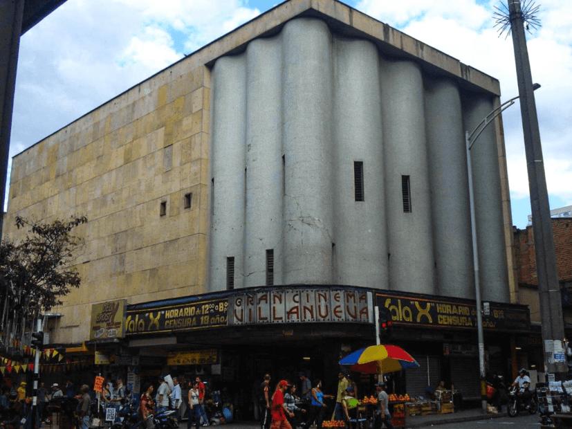 Un café espeso en Cinema Villanueva - Transmedia