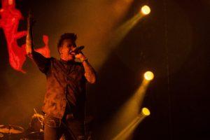 Jacoby Shaddix, vocalista de Papa Roach. Foto de Alejandro Valencia Carmona.